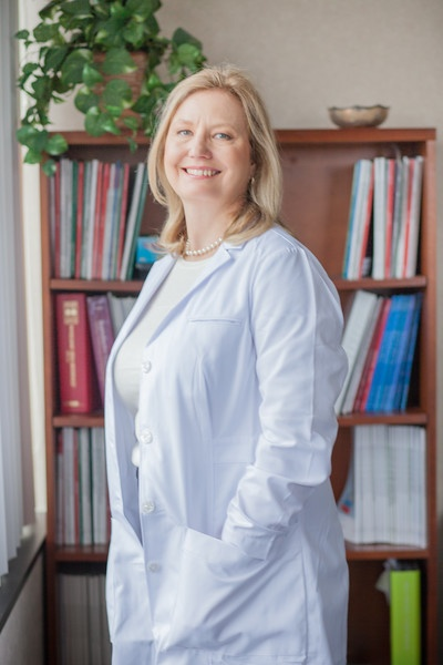 Dr Elizabeth Puscheck Invia Fertility